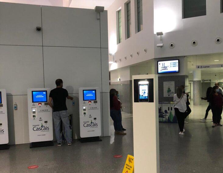 Hospital de Cascais instala túnel de desinfeção contra a Covid-19